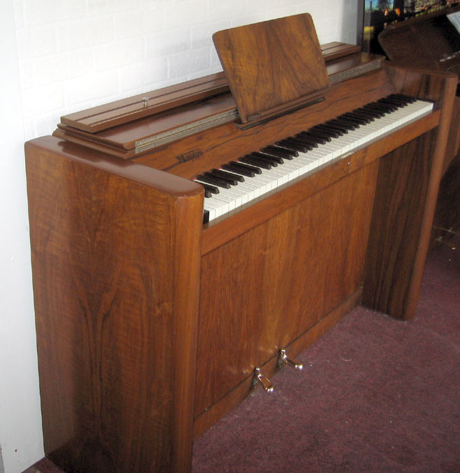 Piano pavilion eavestaff art deco upright piano for sale for Piani art deco